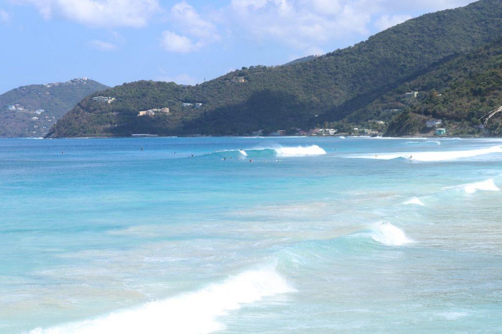 Surf Break Apple Bay